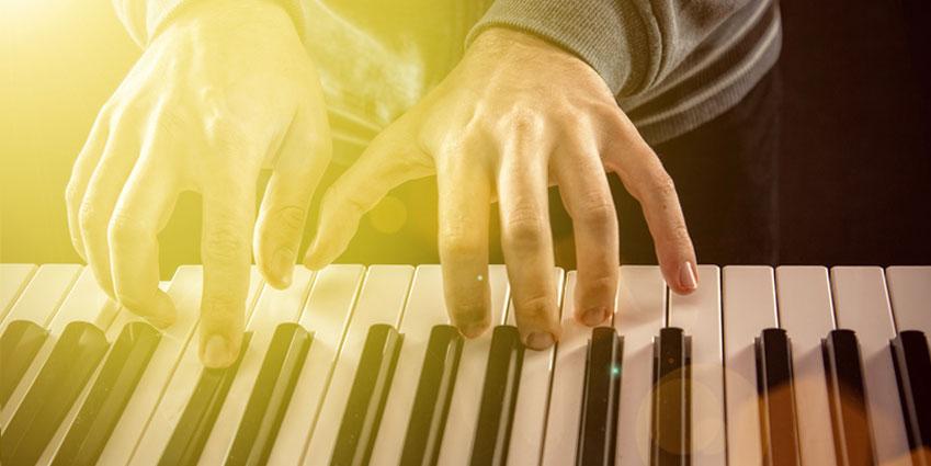 Klavierlehrer Kinder-Jugendliche-Erwachsene Musikschule zu Hause Krefeld