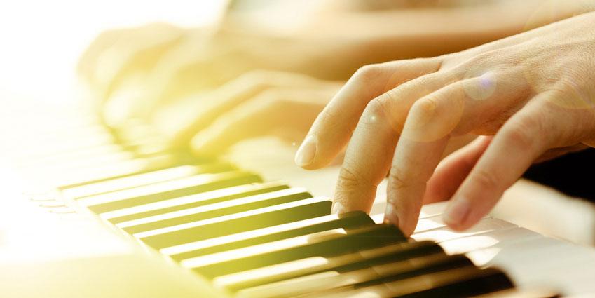 Klaverunterricht Vomblattspielen und 4-haendigspielen